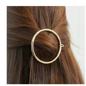 Brandy Melville Gold Metal Circle Hair Clip Barret